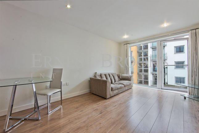 Flat to rent in Brooklyn Building, 32 Blackheath Road