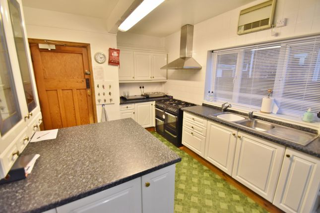 Kitchen of Sandbeck Avenue, Skegness PE25