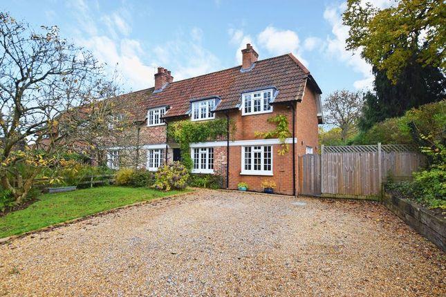 Thumbnail End terrace house for sale in Cat Street, Upper Hartfield, Hartfield