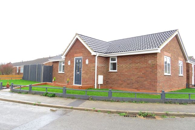 Thumbnail Detached bungalow for sale in Vandyke Close, Woburn Sands, Milton Keynes