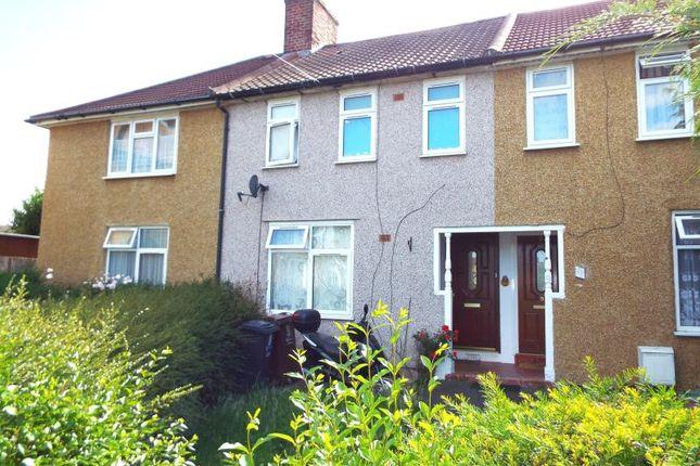3 bed property to rent in Standfield Gardens, Dagenham