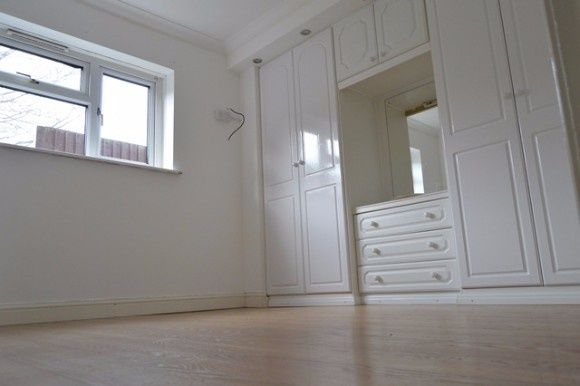 Thumbnail Flat to rent in Hunters Way, Stoke, Stoke-On-Trent