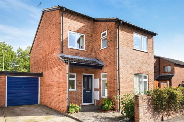 Thumbnail Detached house for sale in Rainbow Way, Abingdon