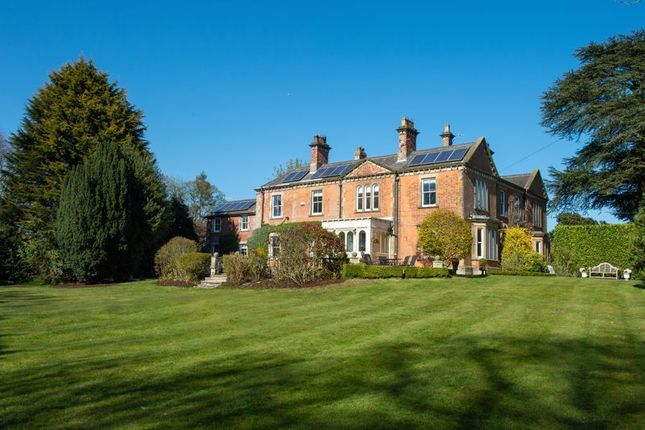 5 bed property for sale in Brough Road, South Cave, Brough HU15