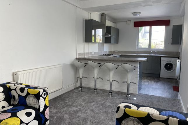 Thumbnail Property to rent in Manor Street, Heath, Cardiff