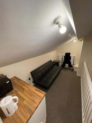 Room to rent in Lower Ford Street, Coventry CV1