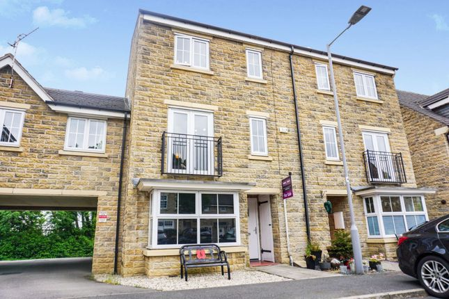 Thumbnail Terraced house for sale in Longlands, Idle