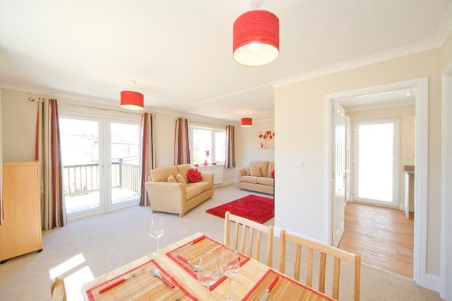 Thumbnail Mobile/park home for sale in Woodside Park, Slip End, Luton, Bedfordshire