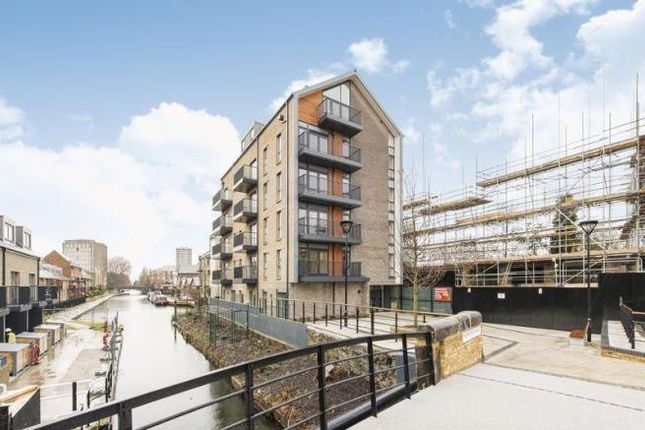 Thumbnail Flat for sale in Stoneway Walk, Bow