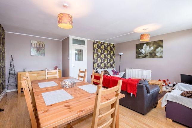 Thumbnail Flat to rent in Bigland Street, London