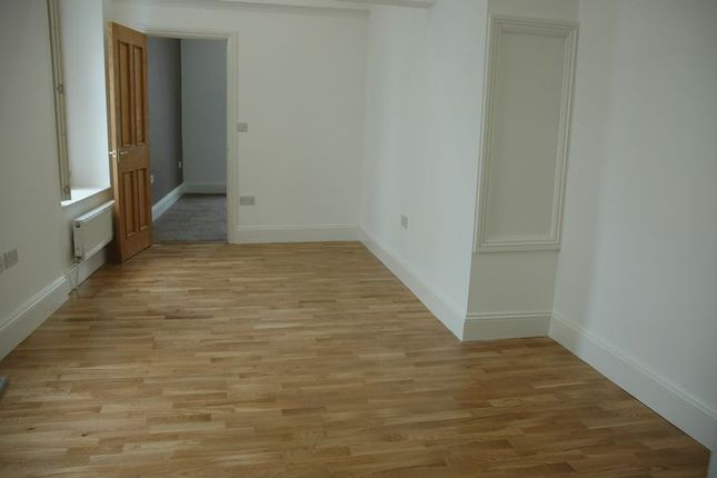 Thumbnail Flat to rent in The Mall, Clifton, Bristol