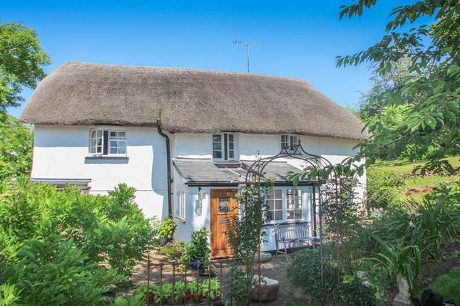 Thumbnail Cottage for sale in Meadowend Cottages, West Sandford