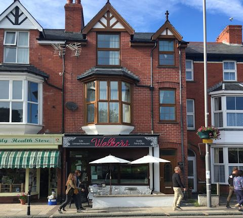 Restaurant/cafe for sale in High Street, Tywyn