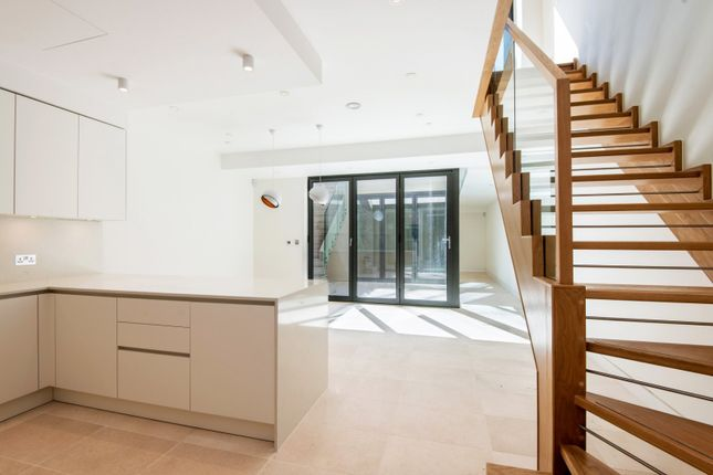 Thumbnail Detached house for sale in Warriner Gardens, London