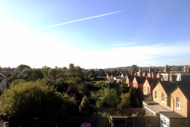 1 bed flat for sale in 1 High Street, Egham