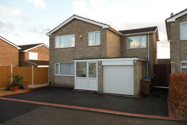 Thumbnail Property to rent in Woodhall Drive, Littleover, Derby