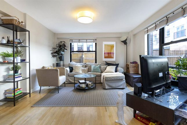 3 bed flat to rent in Newton Street, Covent Garden, London WC2B