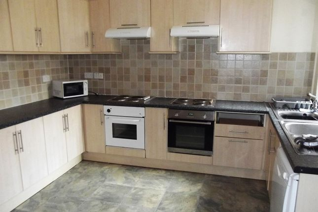 Thumbnail Terraced house to rent in Longford Place, Victoria Park, Bills Included, 7 Bed House To Let, All En-Suite For Students, Manchester