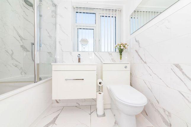 Bathroom of Bexley Road, London SE9