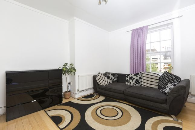 Thumbnail Flat for sale in Ossulston Street, London