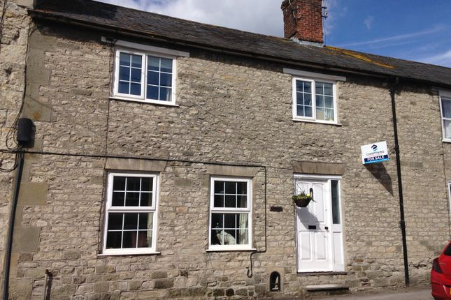Thumbnail Cottage for sale in Castle Street, Mere, Warminster