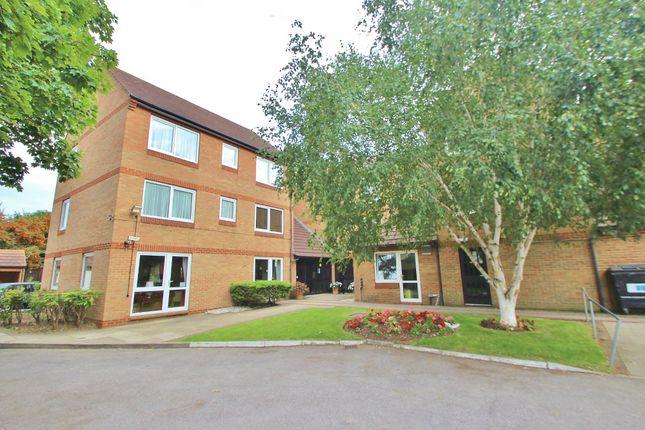 Thumbnail Flat to rent in Beehive Lane, Gants Hill
