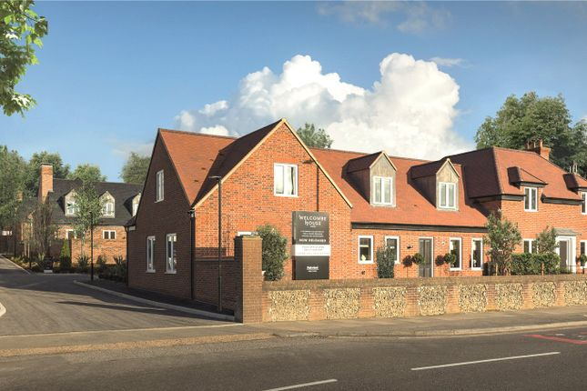 Thumbnail Detached house for sale in Welcombe House, Southhdown Road, Harpenden
