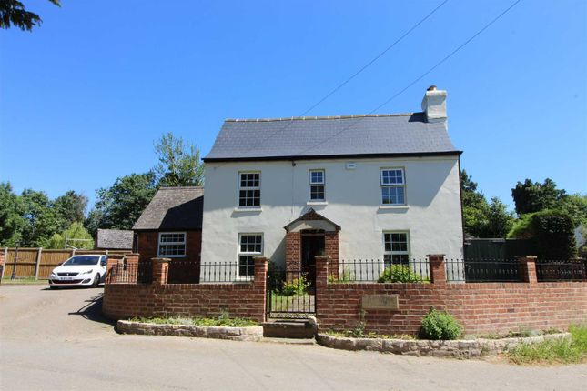 Thumbnail Country house for sale in Portway, Upton St. Leonards, Gloucester