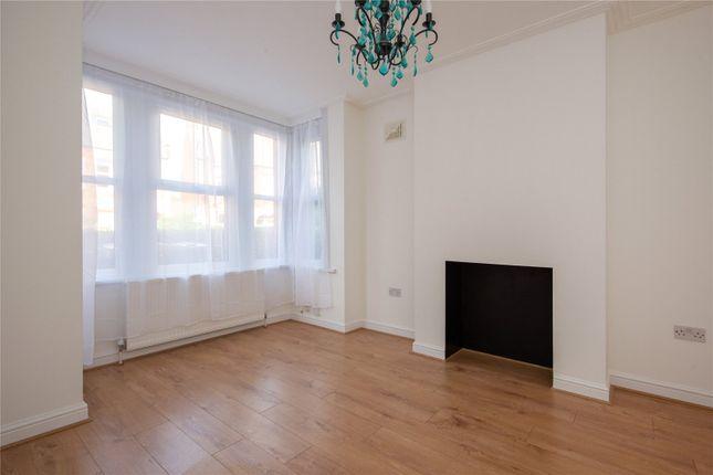 3 bed flat for sale in Brettenham Road, Walthamstow, London E17