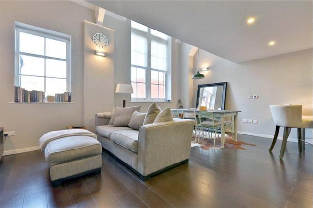 Thumbnail Flat to rent in Augustas Lane, London