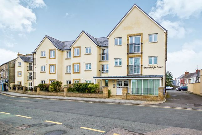 Thumbnail Property for sale in Stoneleigh Court, Porthcawl
