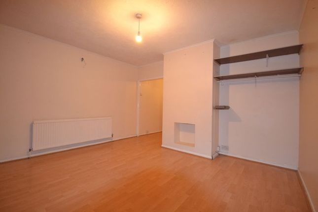 Thumbnail Terraced house to rent in Millfield Avenue, London