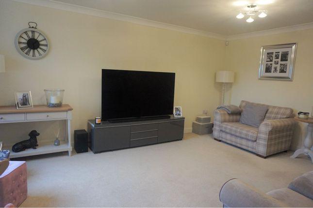 Lounge of Oak Park Lane, Leeds LS16