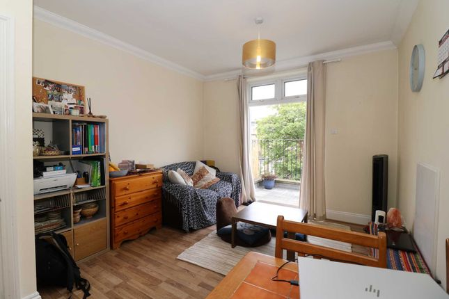 Thumbnail Flat to rent in Coleridge Road, London