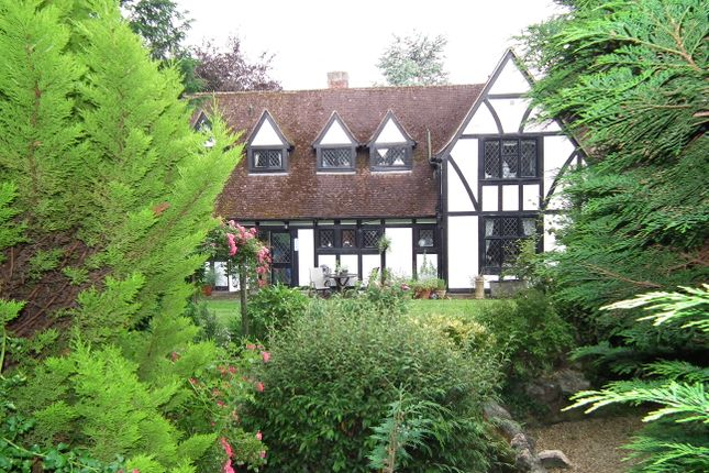 Thumbnail Detached house for sale in 5 Mountway, Little Heath, Potters Bar
