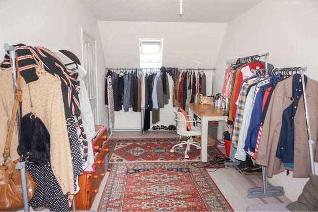 Bedroom of Golwg Y Garreg Wen, Swansea SA1