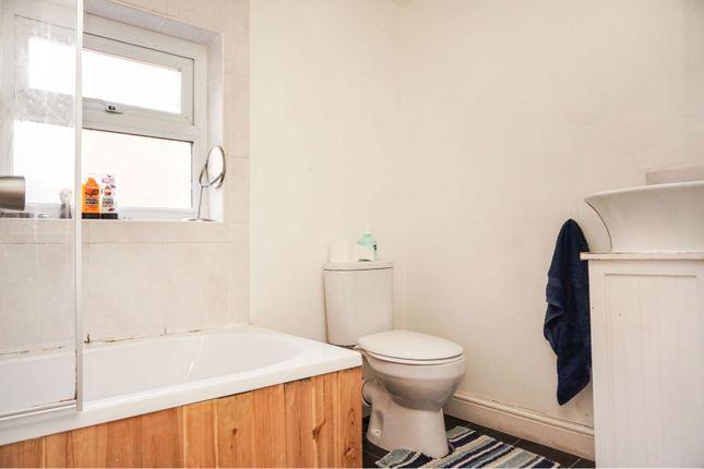 Bathroom of George Road, Erdington, Birmingham B23