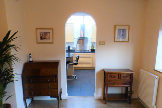 Arch To Kitchen of Connaught Avenue, East Barnet, Barnet EN4