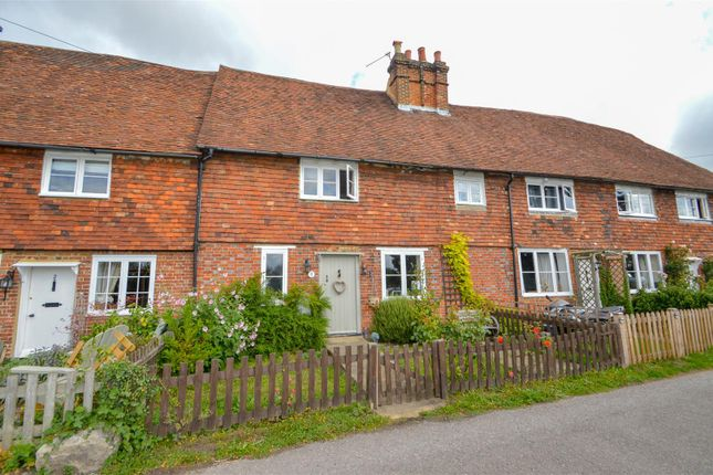 Thumbnail Terraced house to rent in Sandling, Maidstone