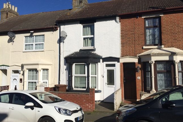 Thumbnail Terraced house to rent in Wyles Street, Gillingham