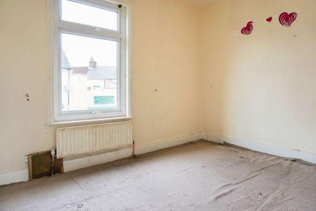 Bedroom One of Aske Road, Middlesbrough TS1