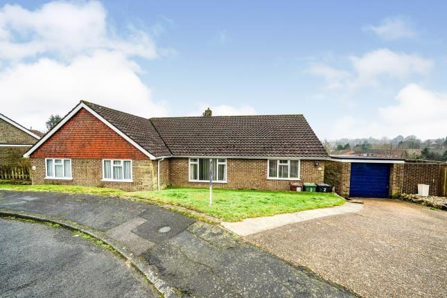 2 bed bungalow for sale in Fairoaks Close, Heathfield, East Sussex, United Kingdom TN21