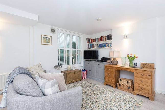 Flat for sale in Ashbury Road, London