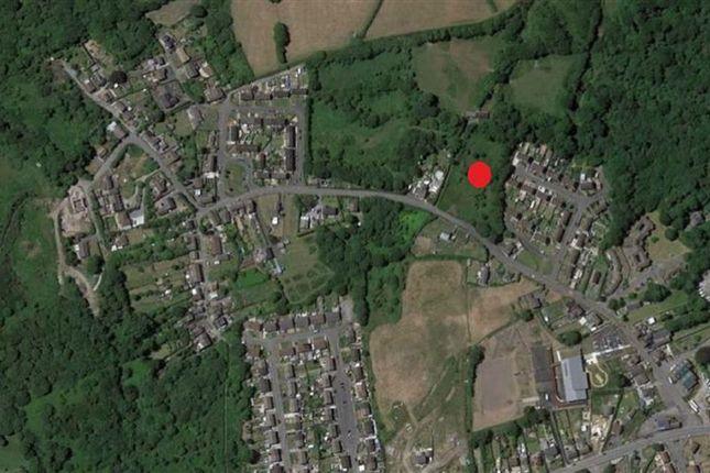 Land for sale in Heol Waunyclun, Trimsaran, Carmarthenshire