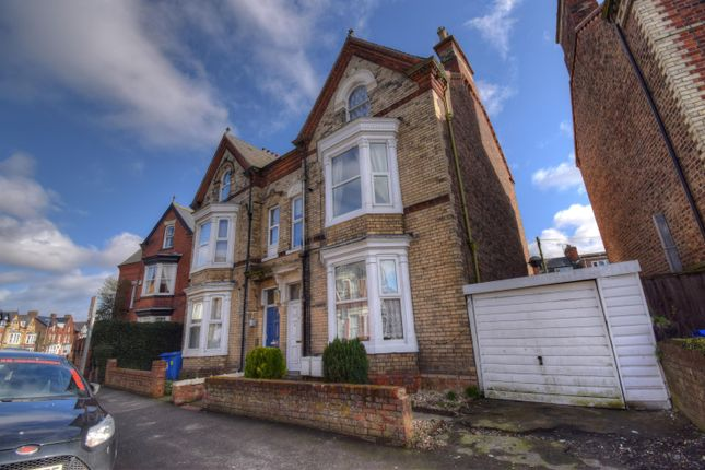 Thumbnail Commercial property for sale in Wellington Road, Bridlington