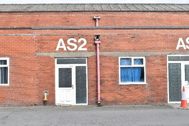 Office to let in Blackburn Road, Clayton Le Moors, Accrington