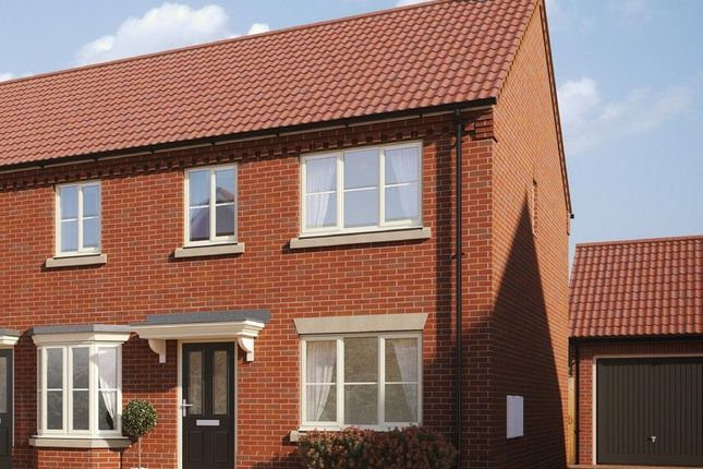 Thumbnail Semi-detached house for sale in Hempstead Road, Holt