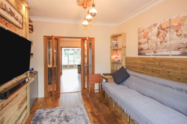 Lounge of The Grove, Southend On Sea SS2