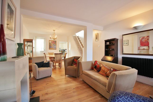 Thumbnail Terraced house for sale in Brunswick Crescent, New Southgate, London