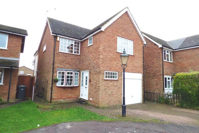 Thumbnail Detached house for sale in Wickenfields, Ware
